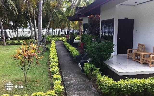 Medewi Beach Cottages 6