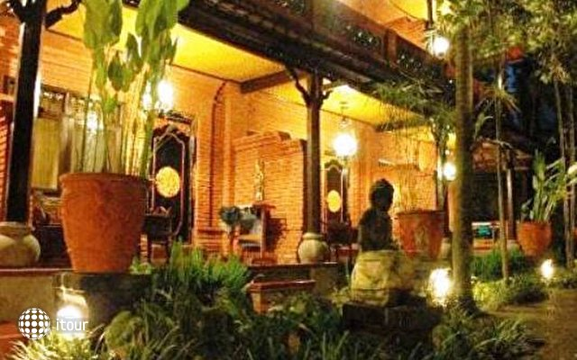 Puri Garden Hotel & Restaurant 2