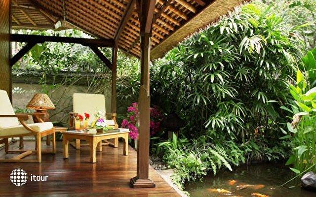 The Watergarden Hotel 7