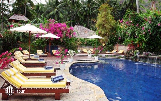 The Watergarden Hotel 9