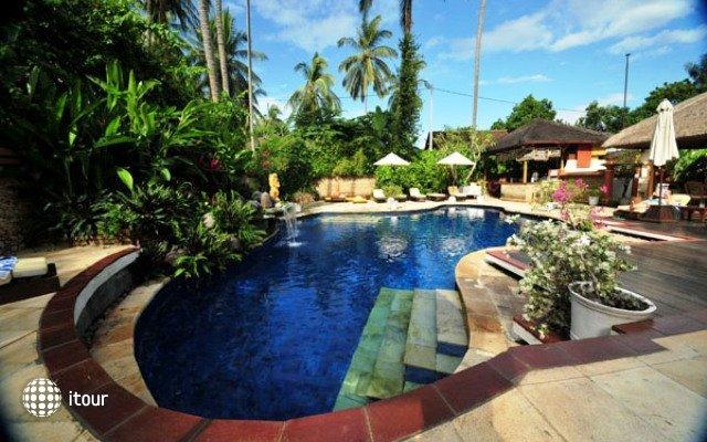 The Watergarden Hotel 1