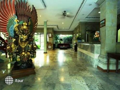 Vila Shanti Beach Hotel 8
