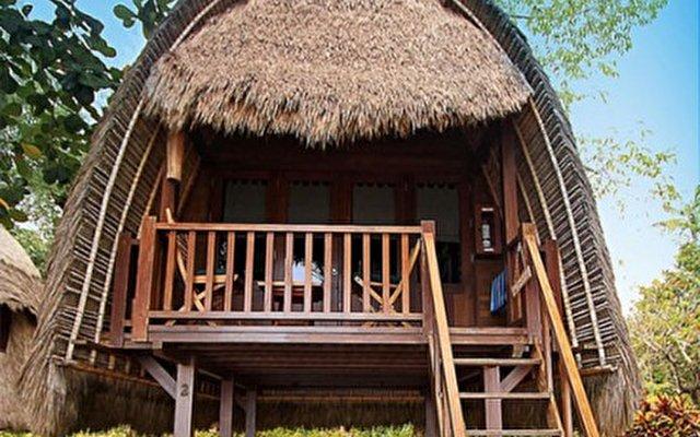 Bali Hai Tide Hut 5