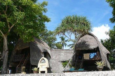 Bali Hai Tide Hut 4