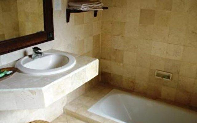 Aneka Bagus Resort (pemuteran Beach) 8