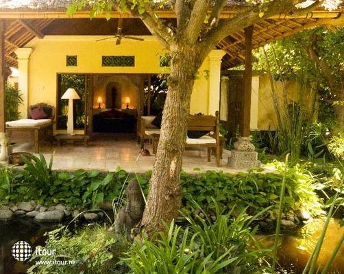 Taman Sari Bali 8