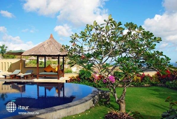 Ocean View Frangipani Villa & Spa 7