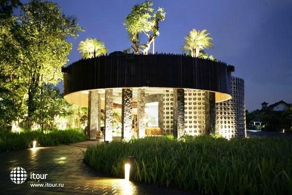 Sentosa Private Villas & Spa 9