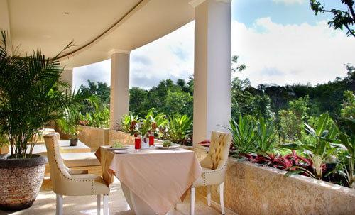 Nusa Dua Retreat Villa Resort & Spa 6
