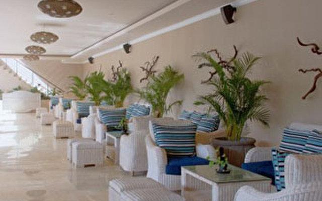 Nusa Dua Retreat Villa Resort & Spa 8