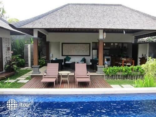 Bali Baik Seminyak Villa & Residence 1