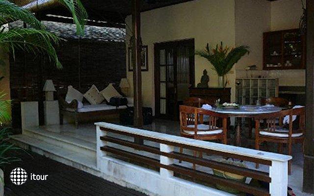 Villa Eight 2