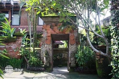 Puri Manik Cottages 10