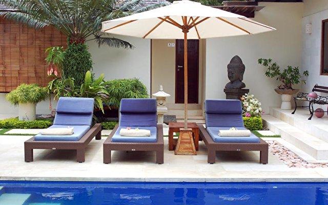 Frangipani Beach Villa 2