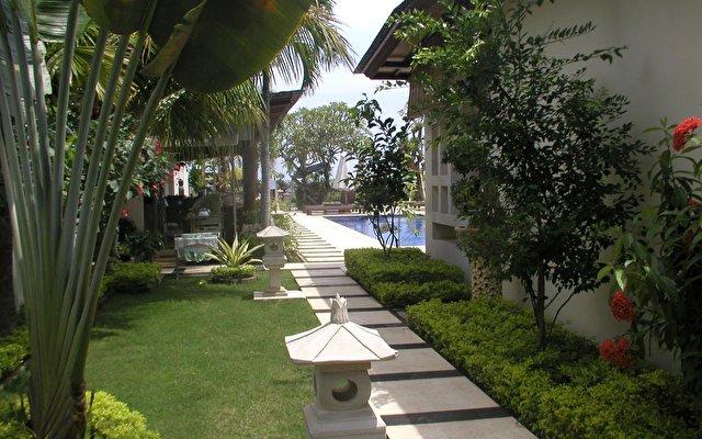 Frangipani Beach Villa 3