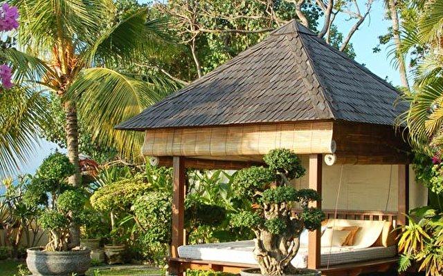 Frangipani Beach Villa 4