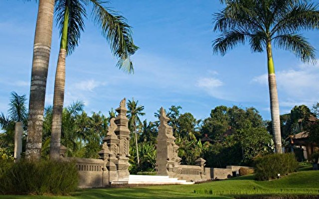 The Lotus Residence 4
