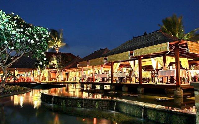Ayana Resort & Spa 9