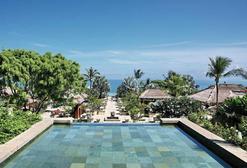 Ayana Resort & Spa 10
