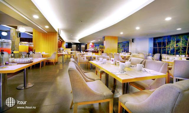 Quest Hotel Tuban 4