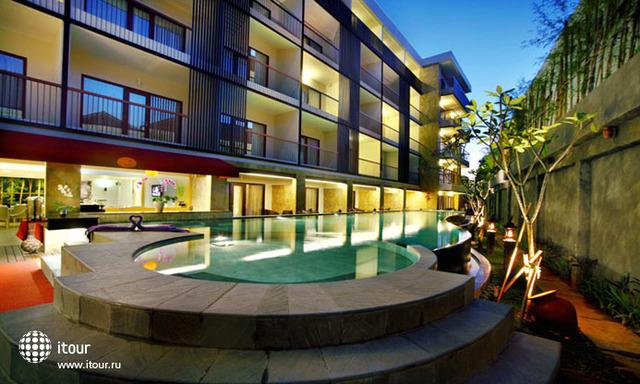 Quest Hotel Tuban 10