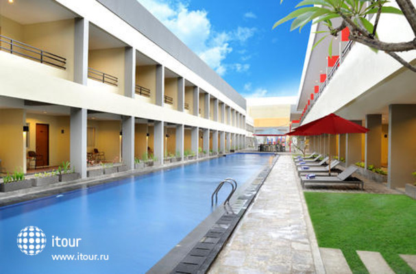 Kuta Station Hotel & Spa 1