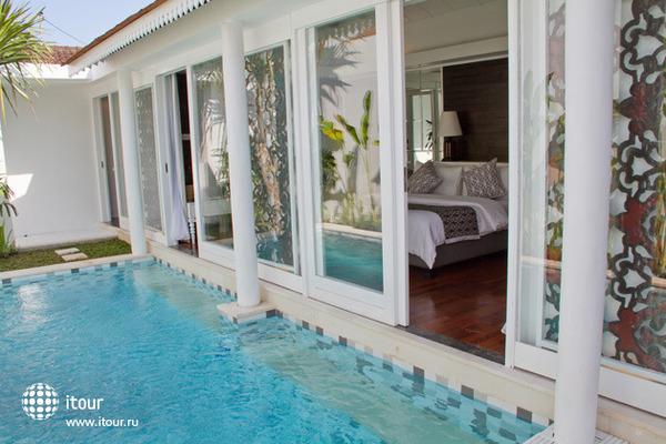 Astana Batubelig Suite Villa 1