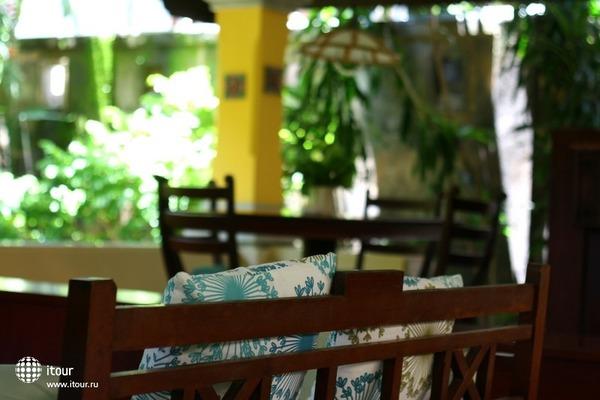 Royal Tunjung Bali Hotel & Spa 8