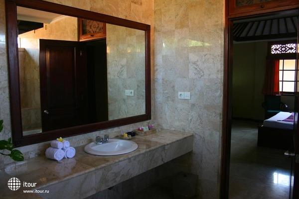 Royal Tunjung Bali Hotel & Spa 9
