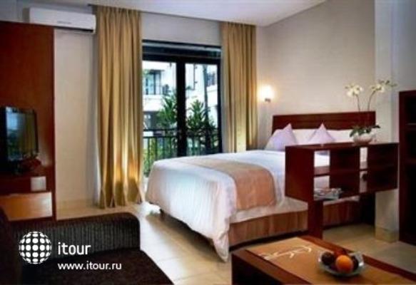 Grand Kuta Hotel And Residence 3