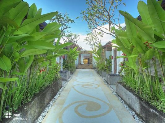 Ivory Resort Seminyak 5