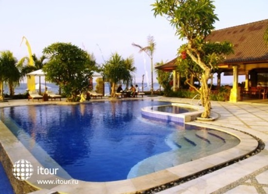 Arya Amed Beach Resort 3