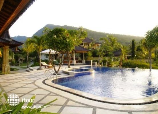 Arya Amed Beach Resort 10