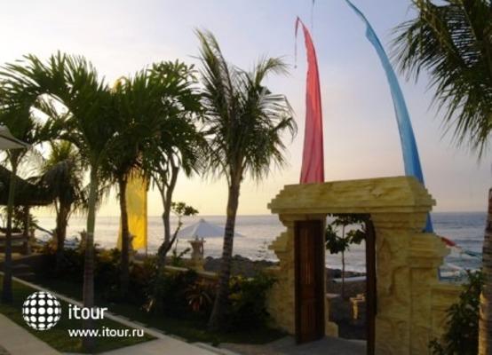 Arya Amed Beach Resort 2
