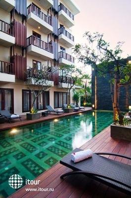 Sense Hotel Seminyak 2