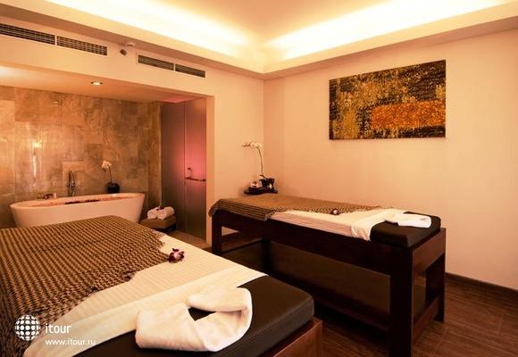 Sense Hotel Seminyak 6