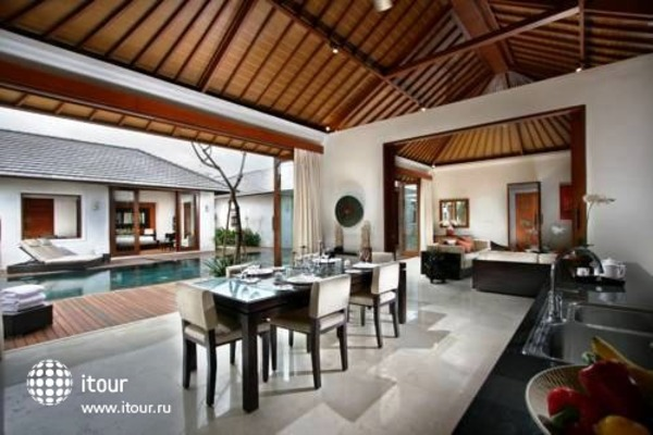 The Akasha Luxury Private Villa 8