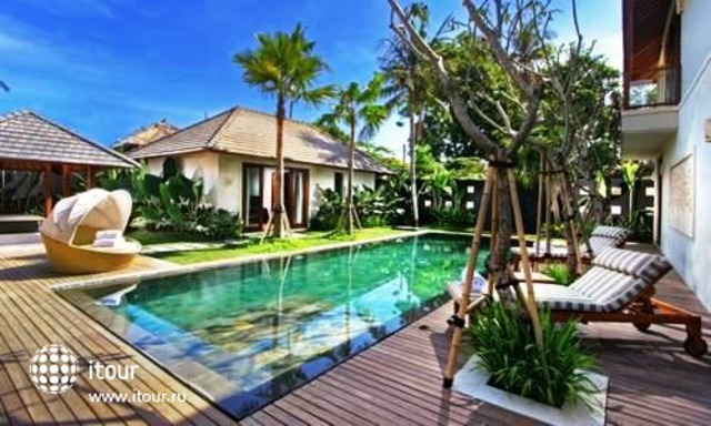 The Akasha Luxury Private Villa 6