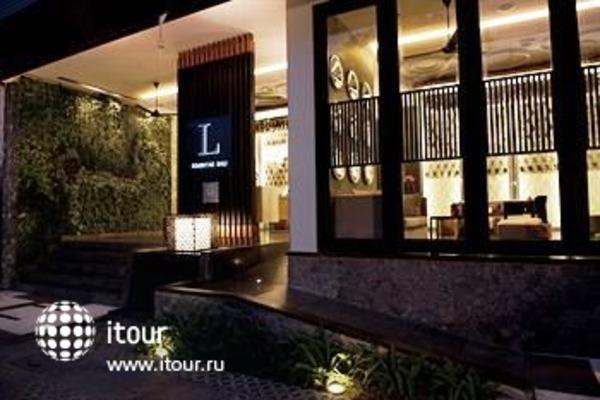 L Hotel Seminyak 10