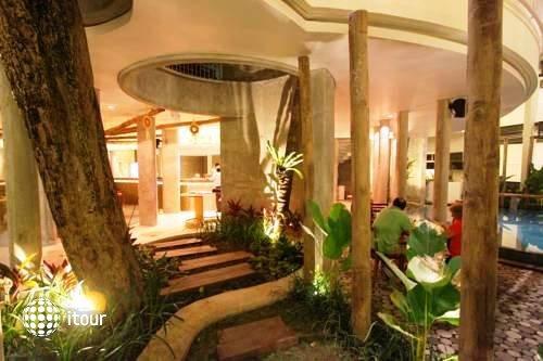 Grandmas Hotel Seminyak 4