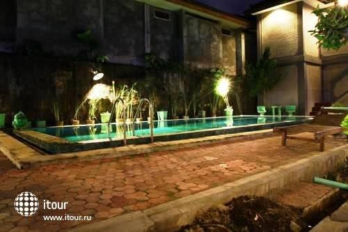 Amazing Kuta Hotel 5