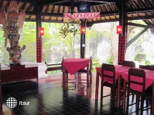 Graha Ubud Bali Resort 4