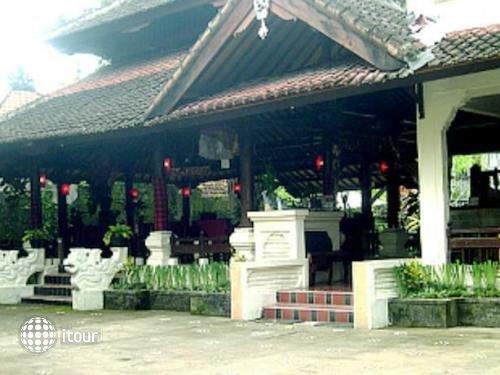 Graha Ubud Bali Resort 1