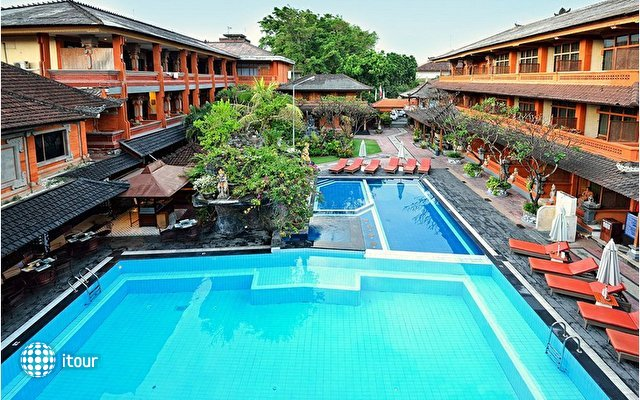 Wina Holiday Villa Kuta 1