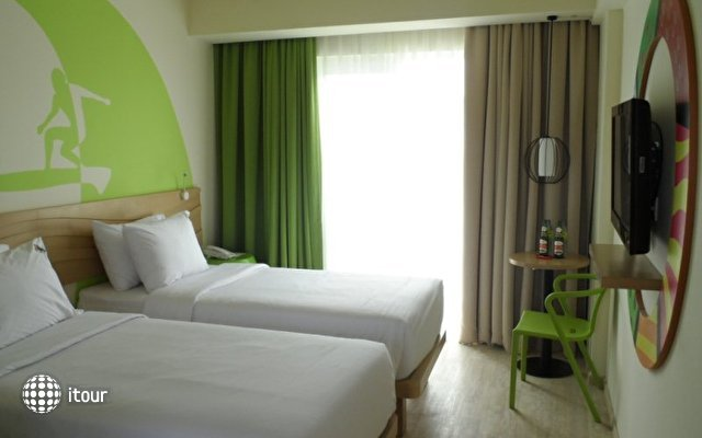 Maxonehotels At Bukit Jimbaran 9