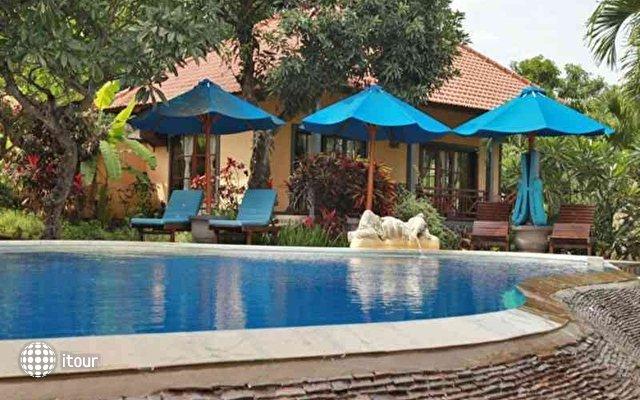 Puri Mangga Sea View Resort & Spa 2