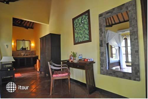 Puri Mangga Sea View Resort & Spa 3