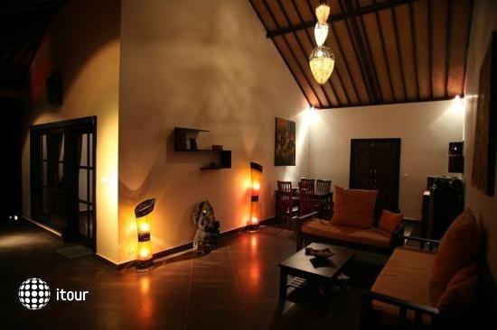 Puri Mangga Sea View Resort & Spa 8