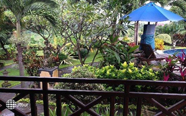 Puri Mangga Sea View Resort & Spa 10
