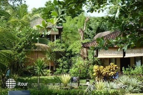 Jukung Bali Bungalow 1